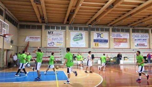 Crollo nel finale e pesante sconfitta casalinga per il Marotta Basket